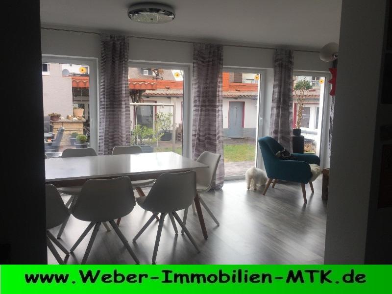 Immobilienmakler in Kriftel Im HERZEN Hattersheims im 3 FH, kern-SANIERT in 2016 mit TERRASSE in RUHIG-er Wohnlage, PROV.-FREI