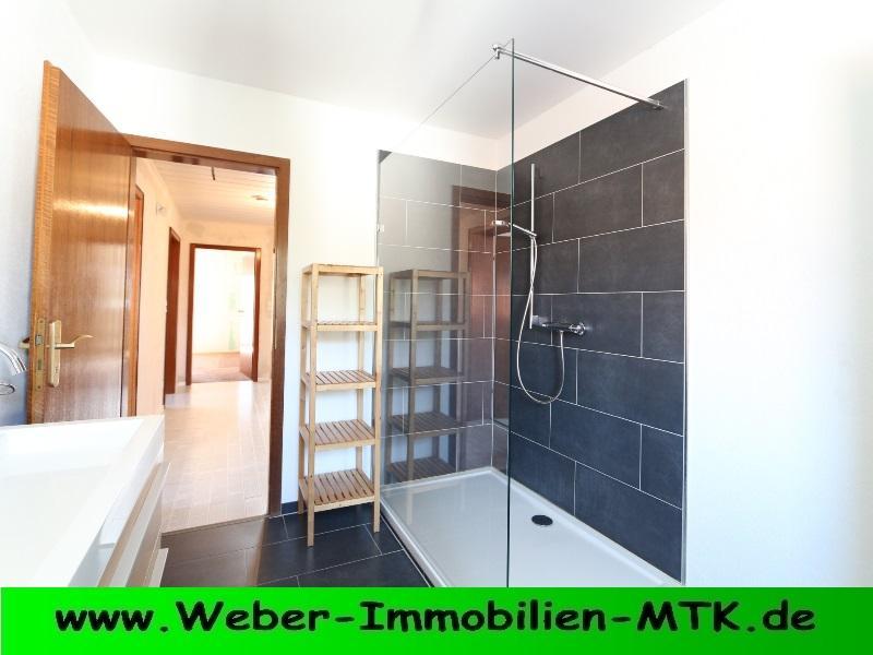 Immobilienmakler in Kriftel GROSS-zügiger DG Wohn-TRAUM in der WEILBACHer Altstadt mit WOHN-Küche, TGL-Bad, Gäste-WC