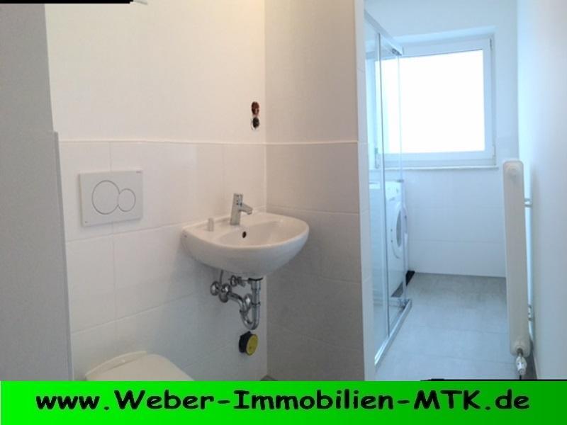 Immobilienmakler in Kriftel PERFEKT geschnittene 2 ZKB mit NEU-em TGL Duschbad, WEST Balkon und Stellplatz
