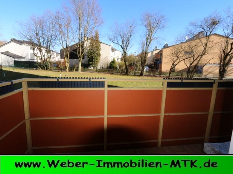 Immobilienmakler in Kriftel TOP geschnittene 2 ZKB, kern-SANIERT in 2014, Parkett, neue Türen, TGL-Bad mit Whirlpool, EBK